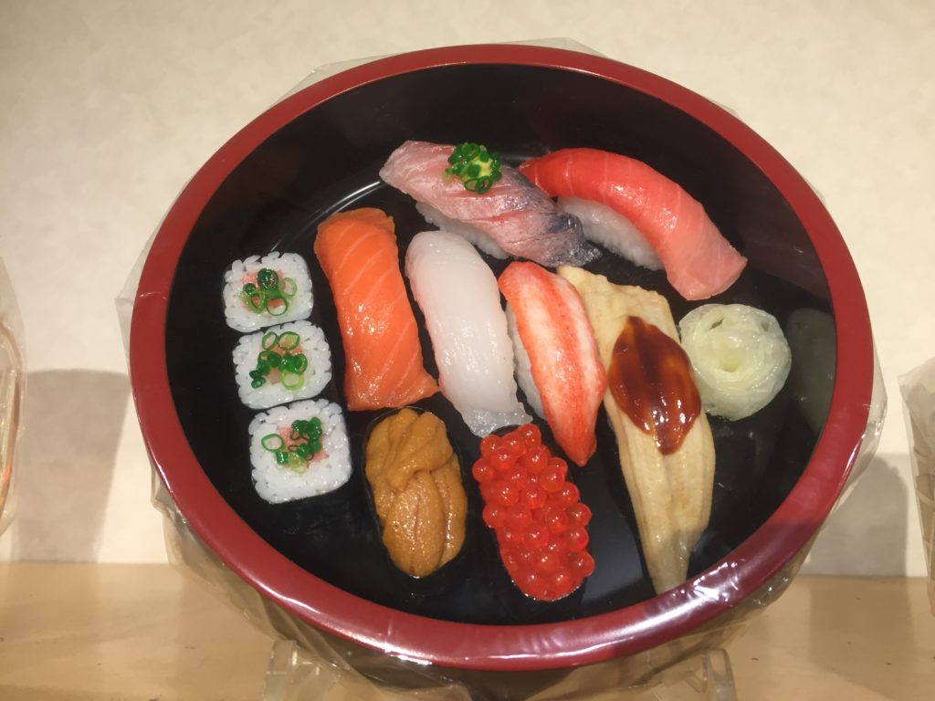 食品サンプル寿司