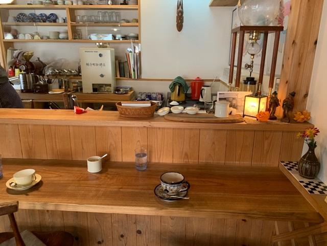 コーヒーショップ店内