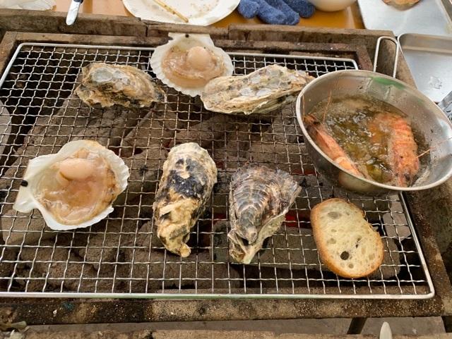 牡蠣小屋網焼き